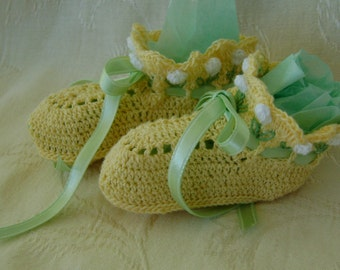 Crocheted Yellow Booties With White Tulips on the Cuffs Bamboo Thread