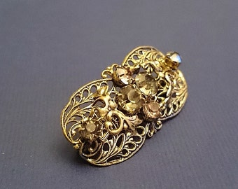 FREE SHIPPING baroque brooch with crystals