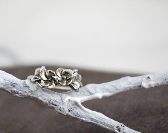 Rose of Sharon Fine Silver Ring, Size 7.5