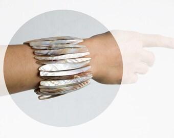 Vintage Mother of Pearl Tribal Bracelet Bangle, Vintage Bracelet, Rustic Bracelet , Hippie Bangle, boho tribal style bracelet, ohtteam