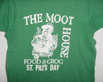Vintage 70s Green St Pats Moot House Grog T-shirt Sm