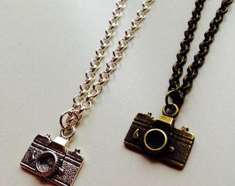 Camera | Photographer | Photography | Retro | Necklace
