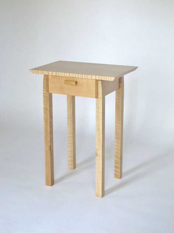 Schmale Nachttisch mit Schublade Tiger Ahorn Holz Tisch mit