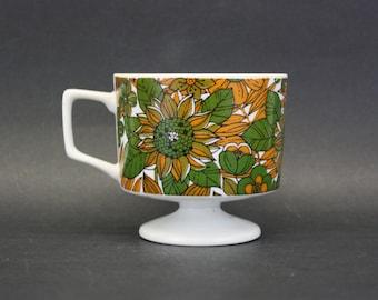 Vintage Green and Orange Mod Floral Pedestal Mug (E5700)