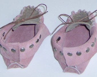 Custom Made! Pink & Brown Leather Baby Moccasins,Hand Crafted First infant Moccasins Suede Leather Hand-cut and Sewn with Studs