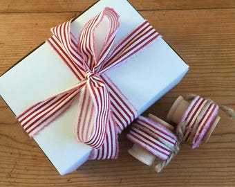 Rustic Frayed Fabric Ribbon - Candy Cane Stripe