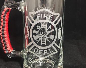 Firefighter Beer Mug // Etched Beer Mug // Etched Glass // Groomsmen Gift // personalized beer mug // Drinking Glass // Gift for Him
