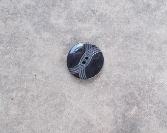 Fancy black 18mm button