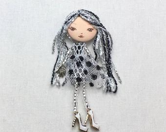 fashion doll pin cute brooch