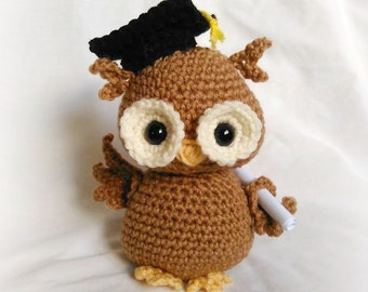Newton the Graduation Owl; CROCHET PATTERN; PDF