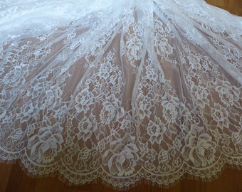 Graceful Off White French Chantilly Lace Fabric Vintage Floral Wedding Fabric Soft Bridal Lace Fabric 3 Meters