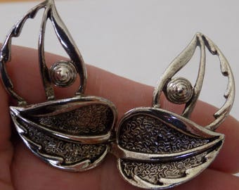 Vintage earrings, Sarah Coventry earrings, unique double leaf  clip-on earrings, retro earrings, vintage jewelry, SC jewelry