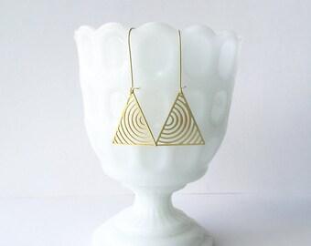 Hypnotise Triangle Earrings | ATL-E-116