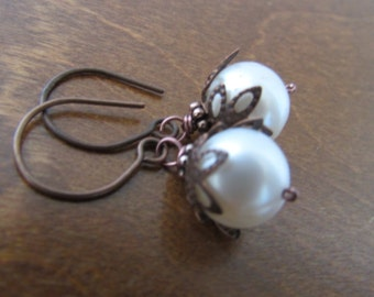 White Pearl Dangle Earrings,Antique Copper Pearl Earrings,Gift,Birthday Gift,Anniversary
