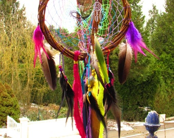 Dream catcher 3D Rainbow with opalized, Hummingbird and natural feathers