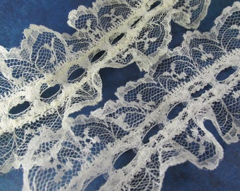Ivory or Bridal White 2.5 inch Center Ribbon Insert Beading Scalloped Lace Trim by the yard