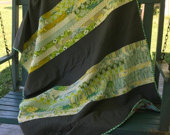 Throw quilt in Nicey Jane prints