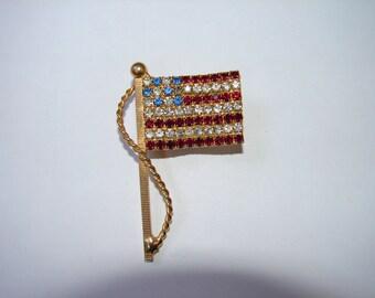 Vintage 1960s Swarovski Rhinestone American Flag Pin