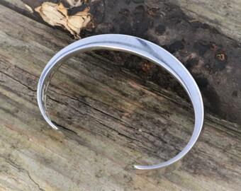 Modernist Jaana Toppila-Ikäläinen, Finland. Handcrafted Sterling Silver Bracelet Cuff