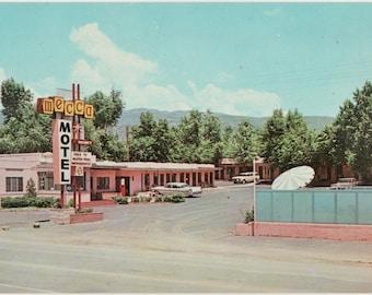 Mecca Motel  Colorado Springs ~ Vintage Color Postcard
