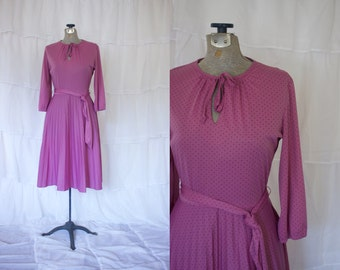 1970s Lilac Dress with Accordion Skirt // Vintage Purple Dress
