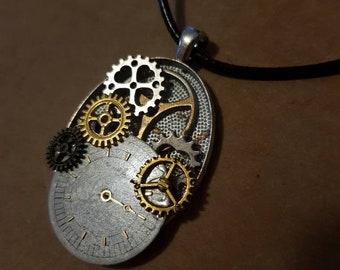 Steampunk Clock work Necklace Pendant