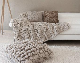 """Pouf ou coussin de sol """"LIMA"""" en pure laine - Mastic - Tricoté - Home decor"""