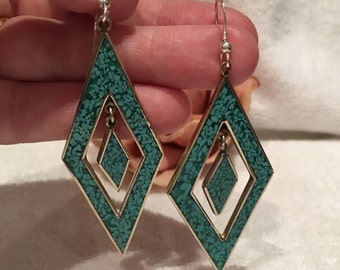 Outstanding Vintage Sterling Silver & Polished Stainless Steel-DIAMOND Shaped Drop and Dangle Earrings-with GREEN Speckled ENAMEL-7.6cm Drop