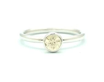 5mm Round Diamond-Cut Sapphire Bezel Set Ring - 14K WHITE GOLD