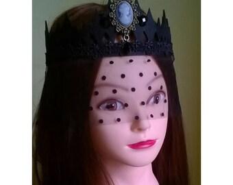 Tiara, crown and veil