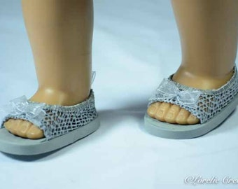 American Girl or 18 inch doll SHOES SANDALS beach flip flops peeptoe flats in Silver Gray LACY Look with Bow Trim