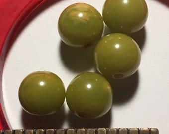 FIVE  8mm Vintage Bakelite Marbled Lime Green Beads - Drilled