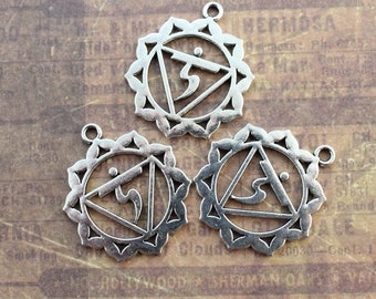 5 Large Chakra Charms Chakra Pendants Antiqued Silver Tone Double Sided 29 x 30 mm