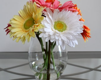 Spring Gerbera Daisy Faux Flower Arrangement, Daisies Silk Flower Arrangement, Summer Flowers, Kitchen Flowers, Bedroom Flowers, Home Decor