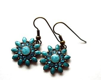 Turquoise Earrings, Drop Earrings, Turquoise flower shaped earrings.