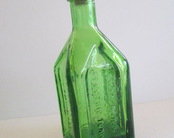 Vintage Wheaton green apothecary Cathedral Brand glass tiny bottle with cork Weaton markings used