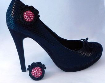 Soutache shoe clips. Shoe jewellery. Shoe candy. Sparkling black and red party shoe clips. MollyG Designs. Halloween shoe clips.