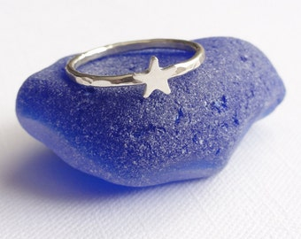Sterling Silver Star Ring -  Hammered -  Skinny - Stacking Ring