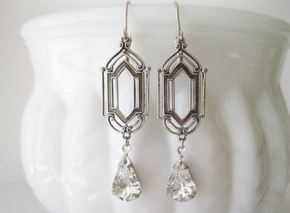 Art Deco Crystal Drop Earrings 1920s Wedding Jewelry Antique Silver New Year Eve Wedding Bridal Earrings Vintage Style Swarovski Elements