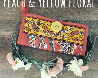 Potholder Purse Pouch Floral Design - organize random items in bag w/ this simple & cute clutch - perfect Bridesmaid gift or any occasion