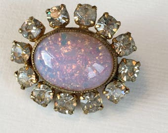 Vintage  1950 Glass Brooch Pink Toned Opalescent Stone Costume Jewellery