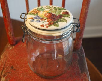 Vintage Strawberries, Blackberries, & Nectarine  Hinged Glass Storage Canister-3/4 L