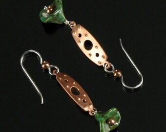 Copper & Flower Dangle Earrings, Copper Drop Earrings,  Unique Mixed Metal Earrings, Mixed Metal Jewelry Gift for Women, Modern Earrings