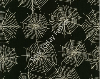Scaredy Cats Spider Webs Black - Wilmington Prints Q1862-67512-991 (sold by the 1/2 yard)