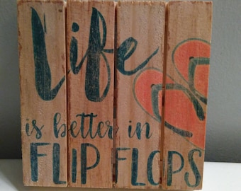 Small wooden pallet Seas the day and beachy signs