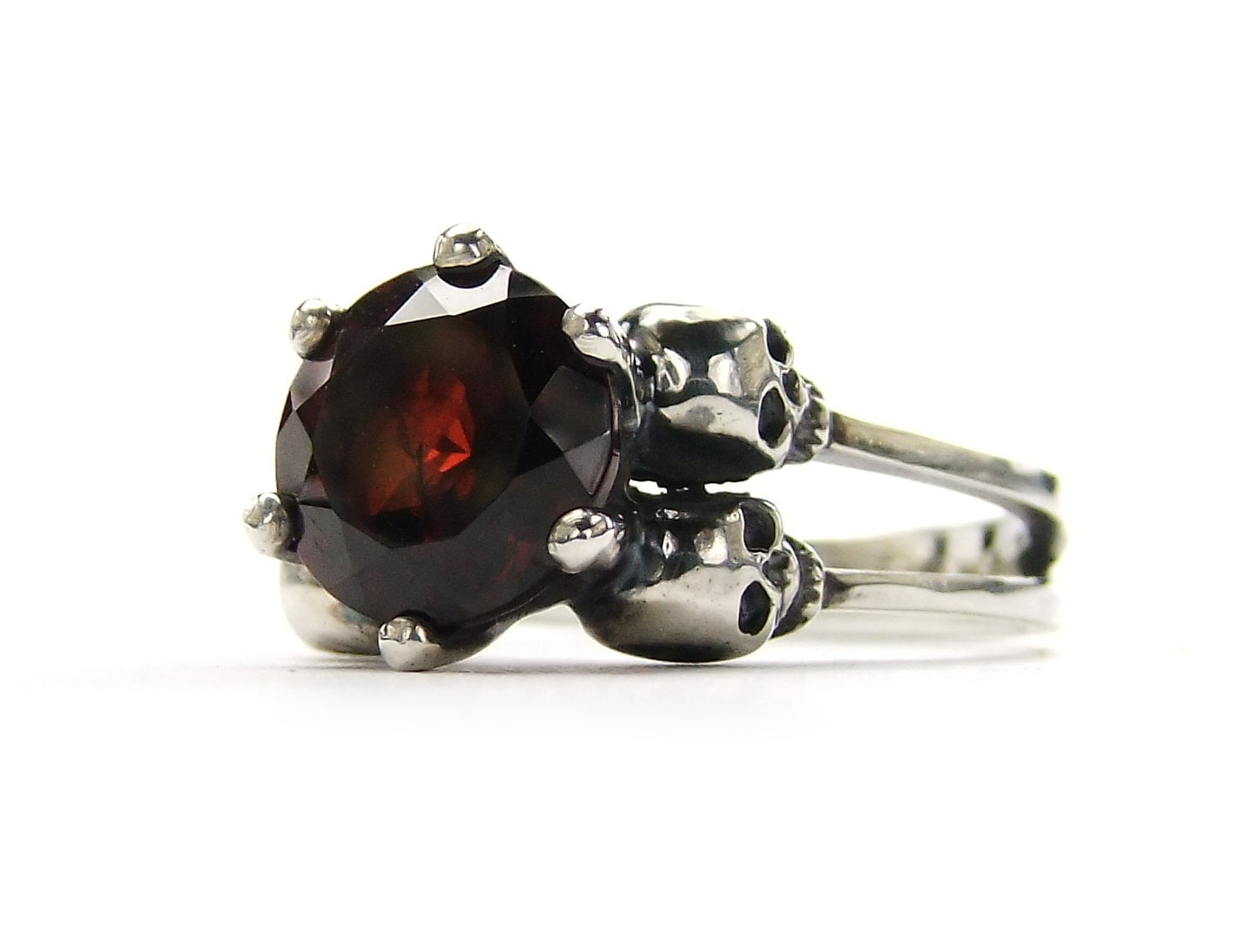 zoom - Goth Wedding Rings