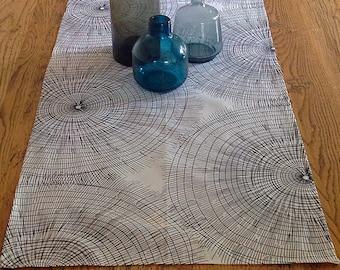Spiral - Black & White Table Runner