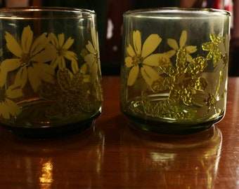 Groovy Green Floral Juice Glasses