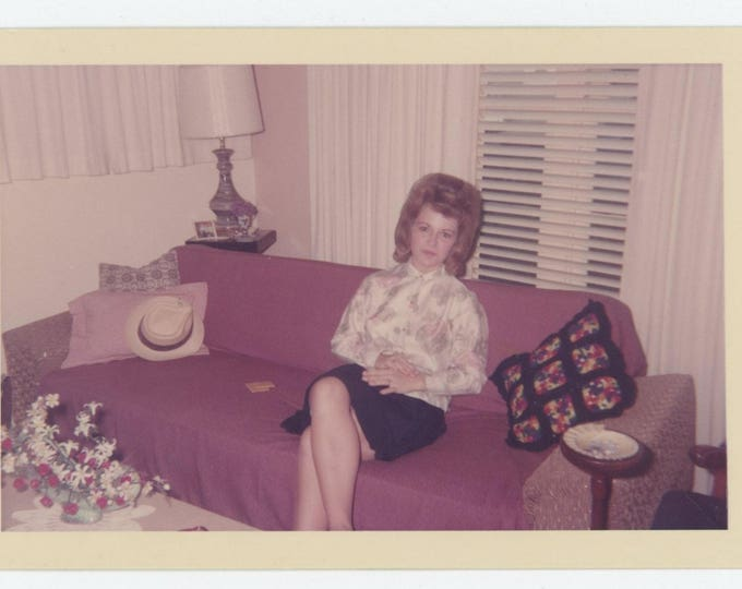 """Vintage Snapshot Photo: """"Kitty at Mom & Dad's House, 7-24-1965"""" (712626)"""