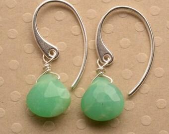 Green Chrysoprase Earrings, May Birthstone Earrings, Gemstone Drop Earrings, Green Gemstone Earrings, Healing Gmestone Jewelry